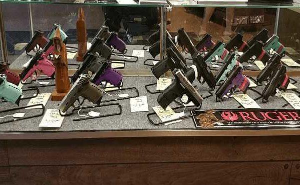 Guns_Glory_Buy_Handguns
